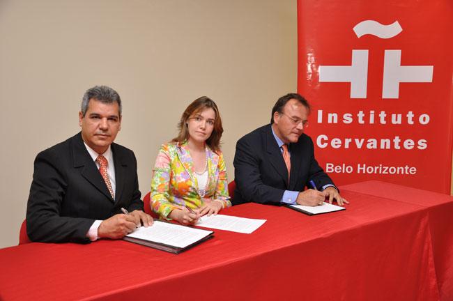 foto_convenio_cervantes-3