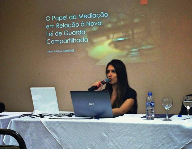 aluna-do-esjus-apresent-trabalho-no-congress-brasileiro-de-guarda-compartilhada e-alienacao-parental